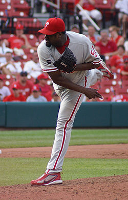 Antonio Alfonseca, Cards vs Phillies, June 24, 2007.jpg
