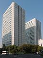 Aoyama-Twin-Building-02.jpg
