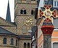Auf dem Marktplatz in Trier.jpg
