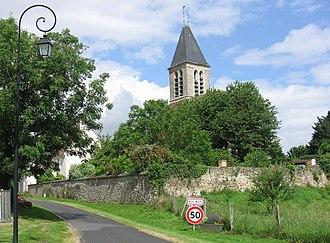 Aulnoy, Seine-et-Marne - The road into Aulnoy