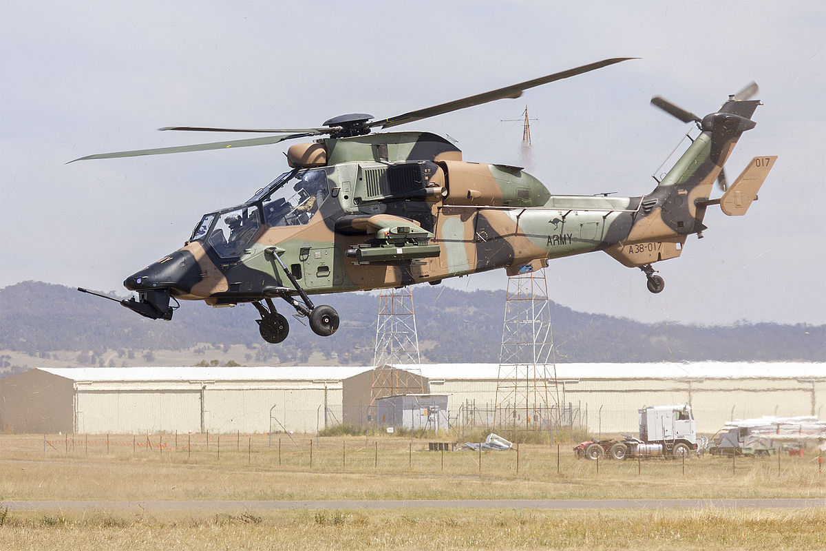 robertson helicopters with 1st Aviation Regiment  Australia on 1st Aviation Regiment  Australia furthermore Blackhawks 01 together with Concept Hovercraft Render besides Special together with Italian Air Force Alenia Aermacchi M 346 Master 2.