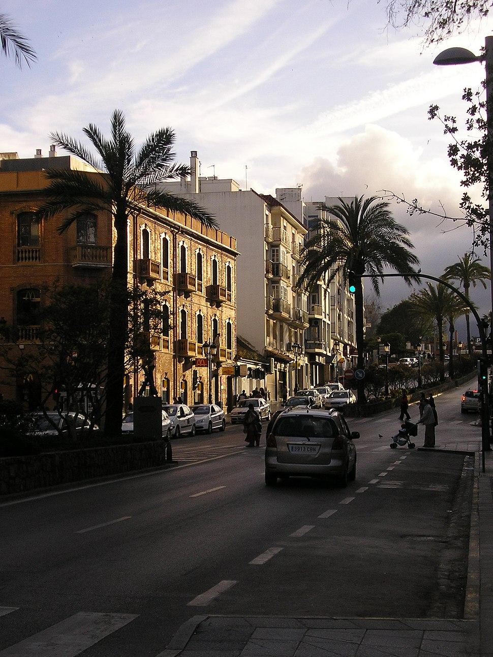 Avenida Blas Infante 2