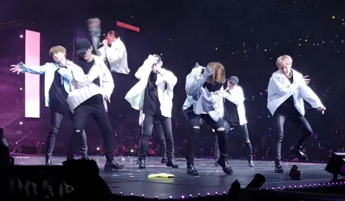 BTS The Wings Tour Japan Edition in Saitama Super Arena 2017