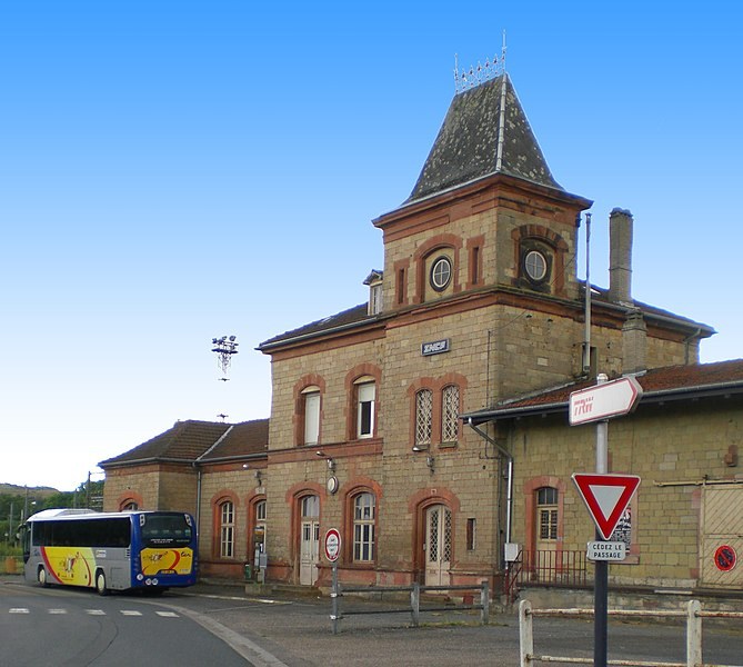 Railway station, road-side, at Bouzonville, France