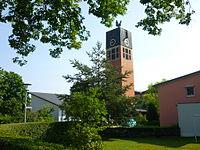 Bayreuth 04.08.10 Erlösekirche Hans-Meiser-Strasse 1.JPG