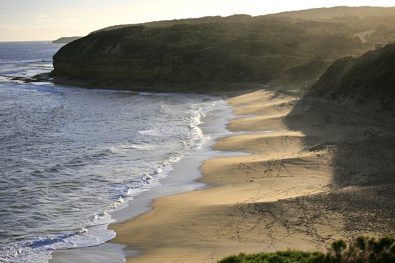 File:Bells Beach, Victoria Australia (6758794277).jpg