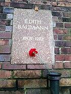 Berlin Friedrichsfelde Zentralfriedhof, Gedenkstätte der Sozialisten (Urnenwand) - Baumann