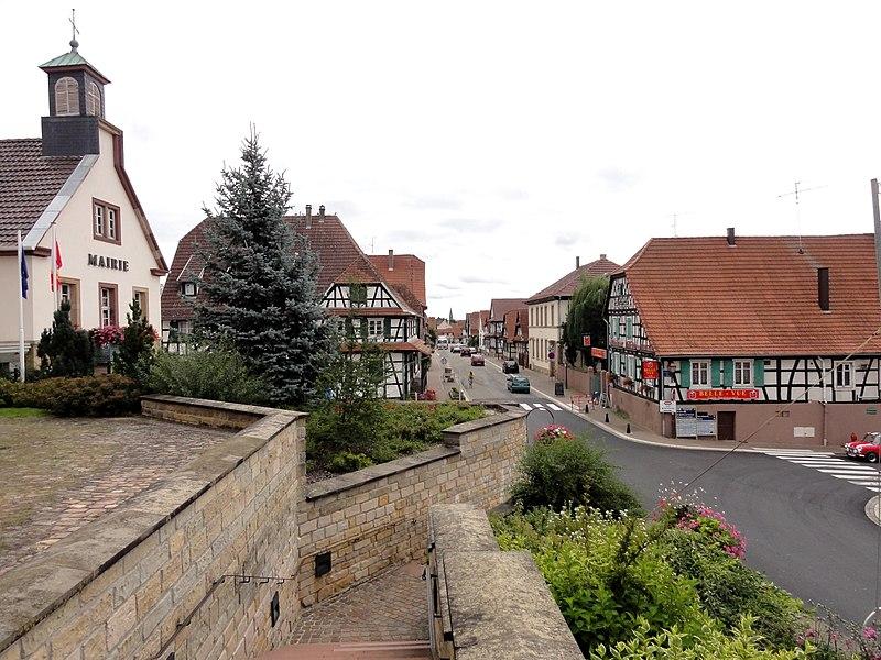 File:Betschdorf rDocteurDeutsch (1).jpg