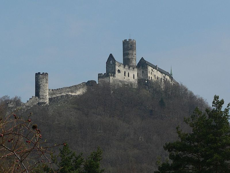 File:Bezděz castle.JPG