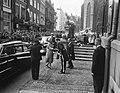 Bezoek Franse president en mevrouw Coty , Den Haag , tweede dag, bezoek Stadhuis, Bestanddeelnr 906-6140.jpg