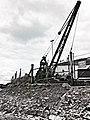 Boat Yard Crane - panoramio.jpg