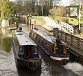 Boats by Newbury Lock (4492831751).jpg