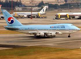 Boeing 747SP-B5, Korean Air AN0193862.jpg