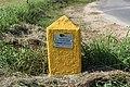 Borne 14 Indication Canalisation Gaz Chemin Romagne St Cyr Menthon 2.jpg