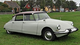 Citroën DS - Wikipedia