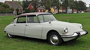 Citroën DS - Image: Bornholm Rundt 2012 (2012 07 08), by Klugschnacker modified