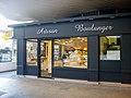 Boulangerie à Paris.jpg