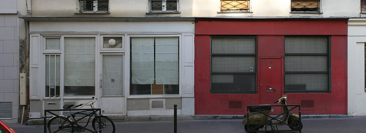 file boutiques 19 rue jean poulmarch paris jpg wikimedia commons. Black Bedroom Furniture Sets. Home Design Ideas