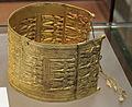 Bracciale d'oro, da tomba regolini-galassi di cerveteri, 650 ac ca..JPG