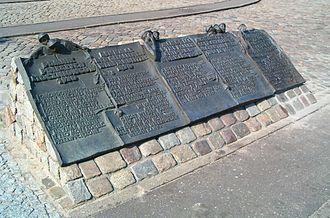 Monument to the Fallen Shipyard Workers of 1970 - Image: Brosen Memorial Fallen Shipyards Workers