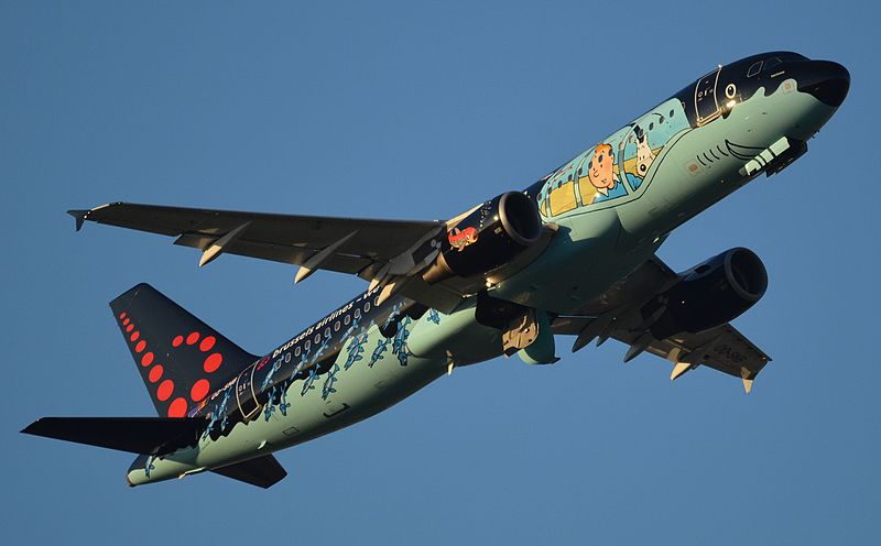 File:Brussels Airlines Airbus A320 (OO-SNB) after take off at Toulouse Blagnac International Airport (1).jpg