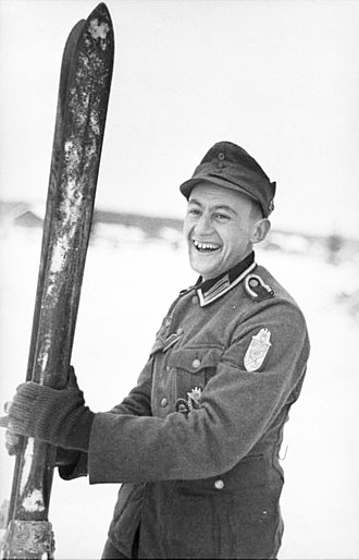Ski warfare - German Gebirgsjäger with skis in 1942.
