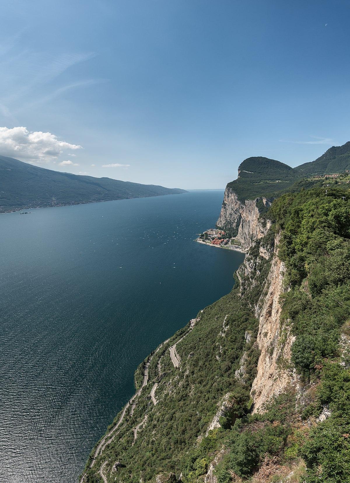 Campione Del Garda Wikipedia