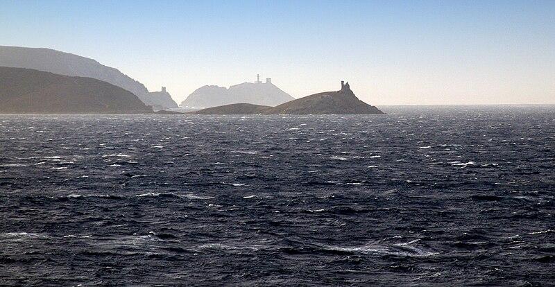 File:Cap Corse-Tours génoises.jpg
