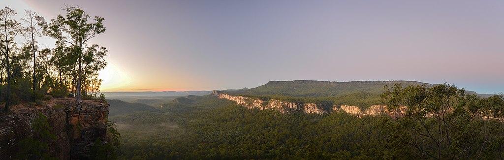 Carnarvon Gorge, Boolinda Bluff (28860209885)