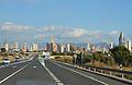 Carretera i panorma urbà de Benidorm.JPG