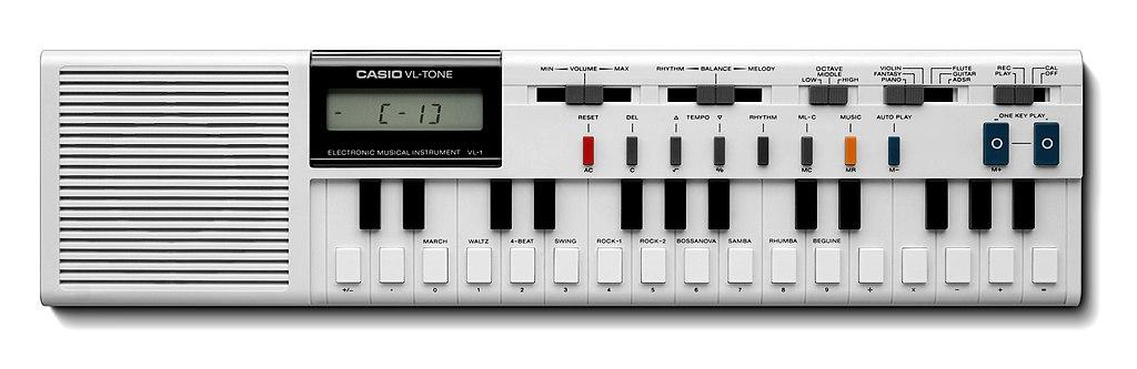 Yamaha Mini Synthesizer
