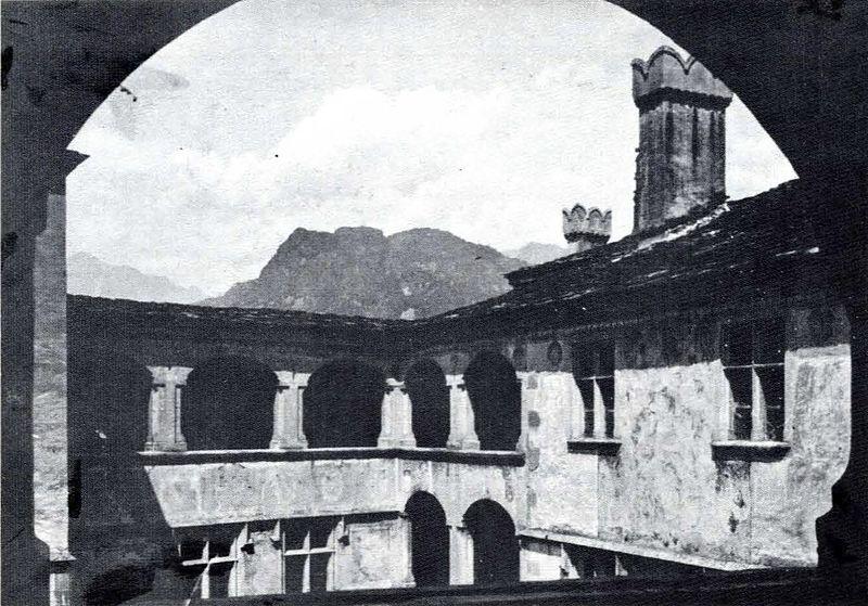 File:Castello di issogne, loggiati, fig 78 quater nigra.jpg