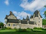 Castle of Fougeres-sur-Bievre 04.jpg