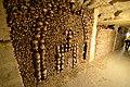 Catacombes de Paris (21832070674).jpg