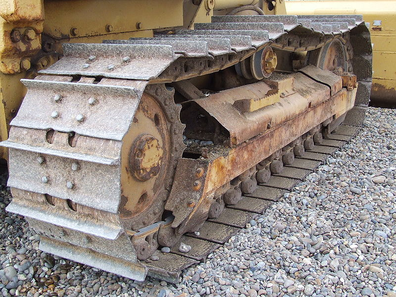 File:Caterpillar track shingle.JPG