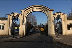 Central-cemetry-park-Sofia.jpg
