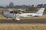 Cessna 172S Skyhawk SP, Private JP6500099.jpg