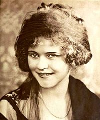 Charlotte Merriam - Feb 1920 Motion Picture Magazine.jpg
