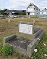 Chinese Cemetery at Harling Point (9658890611).jpg