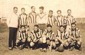 Club Almagro - The team that won the Primera B title in 1937.