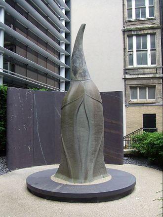 Catrin ferch Owain Glyndŵr - The memorial to Catrin in St Swithin's Church Garden, London.