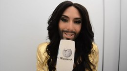 Ficheru:Conchita Wurst - Rise Like a Phoenix presentation (Deutsch).webm