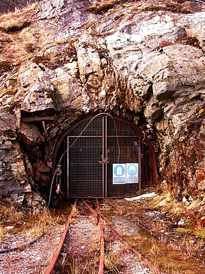 Beinn Chùirn - The entrance to the Eas Anie gold mine.