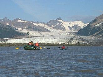 Copper River (Alaska) - Image: Copper River Alaska with river rafters