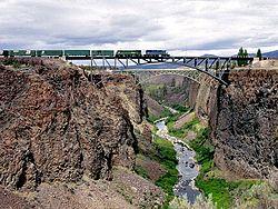 Crooked river bridge (83553122).jpg