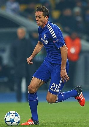 Nemanja Matić - Matić playing for Chelsea in 2015