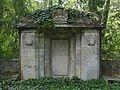 Darmstadt West Waldfriedhof Grabmal J.P.M. Goebel.jpg