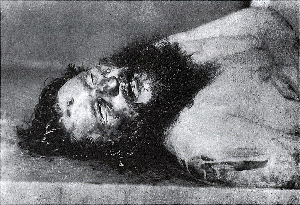 راسبوتين.. أسطورة القرن العشرين 1024px-Dead_Rasputin
