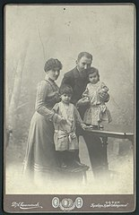 Dimitar Karastoyanov and His Family, 1890.jpeg