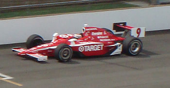 Scott Dixon makes his pole-winning qualificati...